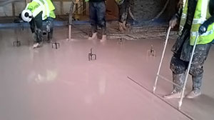 underfloor heating screed pour